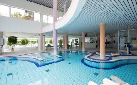 ferienclub-maierhoefen - maierhoefen-schwimmbad.jpg